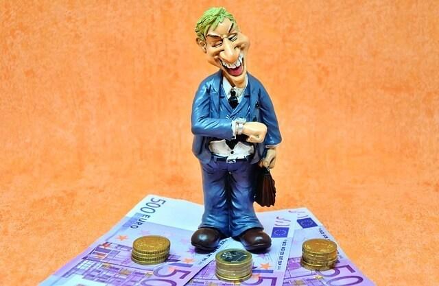 mercenario-dinheiro-avarento-lucro-imundo-cobica-enganador